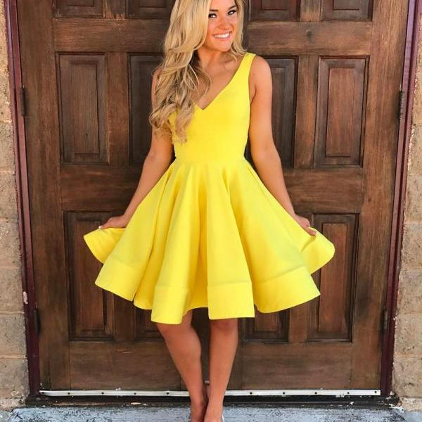 Deep V-neck Yellow Homecoming Dress, Short Cute Party Dresses